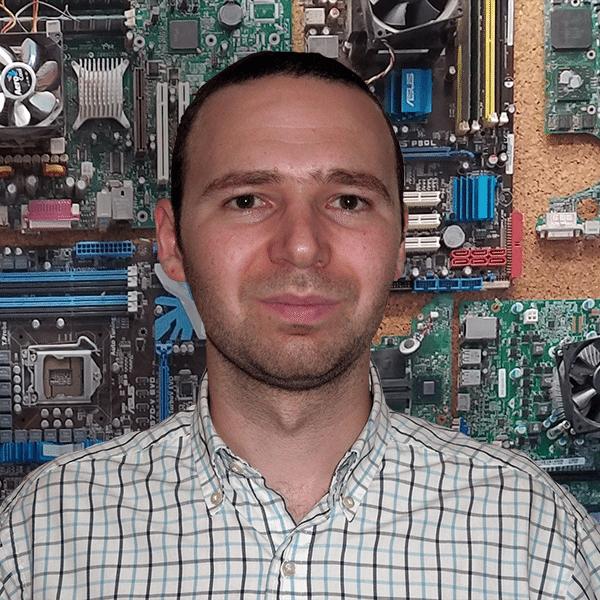 Daniel Komisarchik